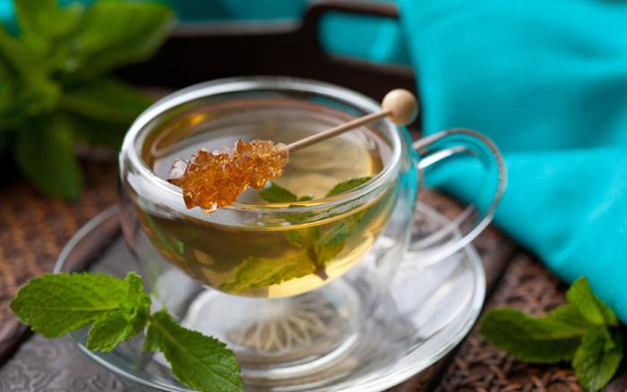 Зеленый чай с медом для консервативного лечение кисты почки