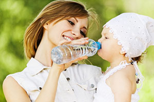 Обильное питье для ребенка